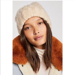 NWT Free People Harlow Cream Knit Beanie Hat